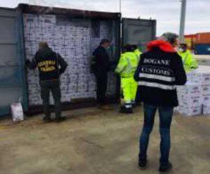 Civitavecchia - Agenzia delle dogane - Sdoganati guanti medici