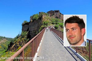 Civita di Bagnoregio - Nel riquadro: Il sindaco Luca Profili