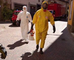Viterbo - Coronavirus - Intervento di sanificazione dei vigili del fuoco