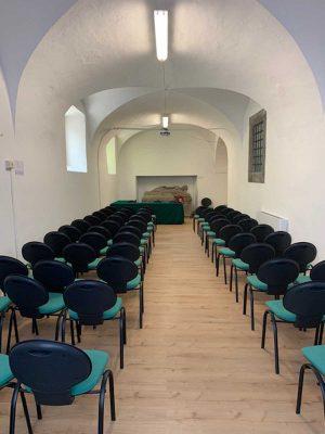 Viterbo - L'istituto Rousseau - Aula multimediale