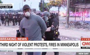 Minneapolis - Giornalista della Cnn arrestato durante una diretta tv