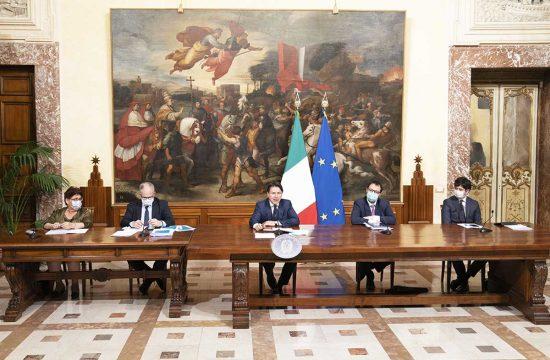 Roma - La conferenza stampa di presentazione del decreto rilancio