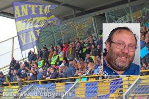 Viterbo - La tribuna dello stadio Rocchi - Nel riquadro: Stefano Camilli