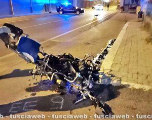 Civitavecchia - Scontro tra una moto e due auto sull'Aurelia