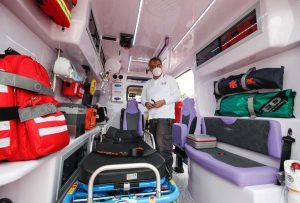 Donata un'ambulanza