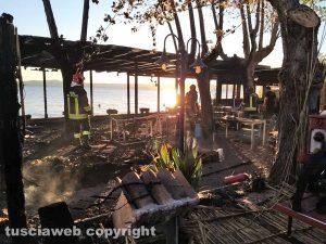 Montefiascone - In fiamme ristorante sul lago