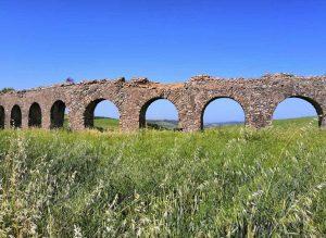 L'acquedotto delle ArcatelleL'acquedotto delle Arcatelle