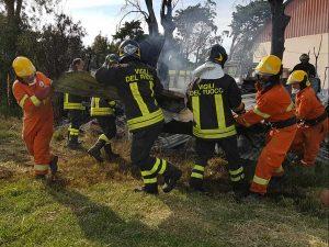 Incendio a Tarquinia - Vigili del fuoco e Aeopc