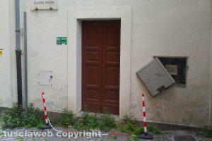 Viterbo - L'ingresso laterale del teatro