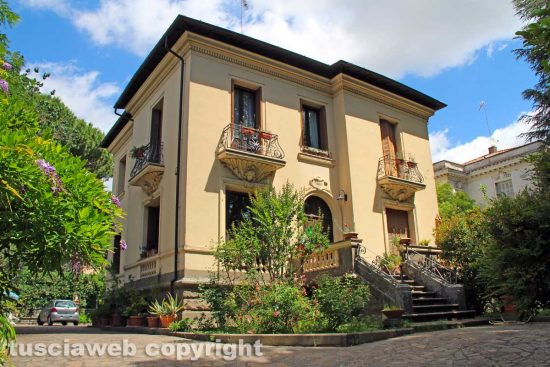 Viterbo - Viale Trieste - La villa dei Vitelloni