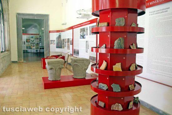 Viterbo - Unitus - Santa Maria in Gradi - Marmi e capitelli all'interno del sistema museale d'ateneo