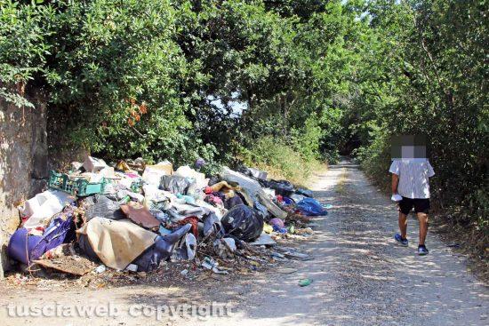 Viterbo - Le discariche di Strada Riello