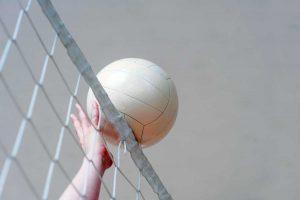 Un'azione di pallavolo