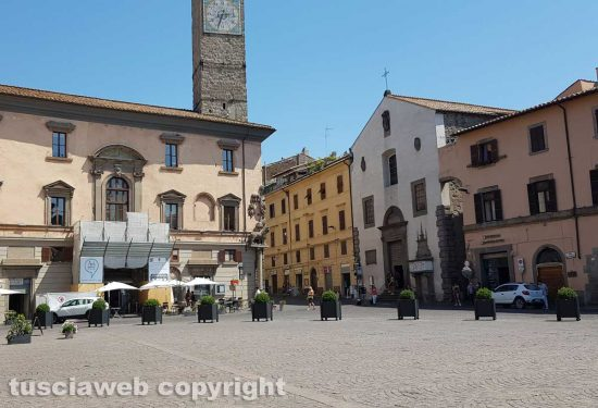 Viterbo - piazza del Comune