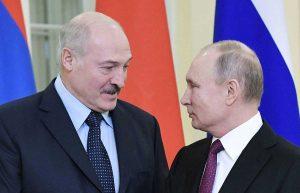 Alexander Lukashenko e Vladimir Putin