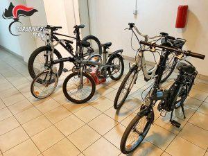 Le bici ritrovate e restituite