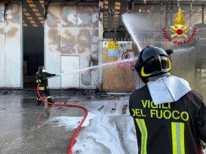 Ancona - Incendio al porto