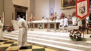 Viterbo - La messa per i facchini di santa Rosa