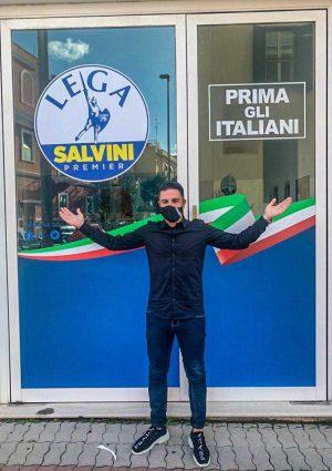 Civitavecchia - Il coordinatore comunale della Lega, Antonio Giammusso, all'apertura della sede del partito nel comune