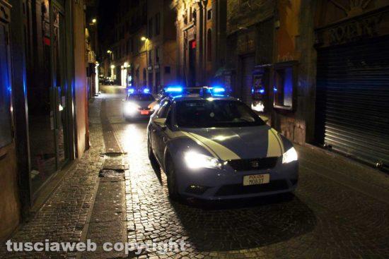 Viterbo - Una pattuglia della polizia