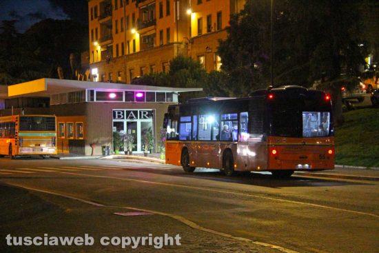Viterbo - La chiusura dei locali alle ore 18