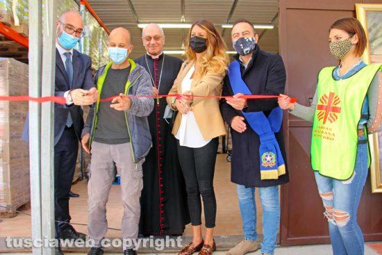 Viterbo - L'inaugurazione del centro alimentare