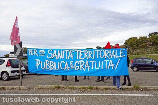 Viterbo - Il presidio dei comitati di lotta