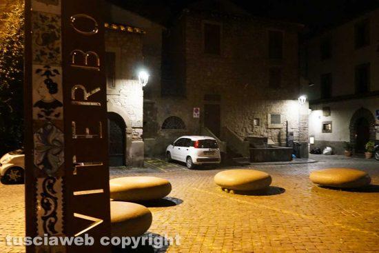 Viterbo - Il secondo coprifuoco - Piazza San Carluccio