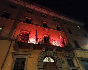 Palazzo Gentili si colora di rosso