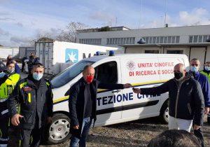 Civitavecchia - La consegna dei doni alla protezione civile