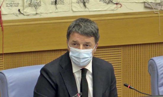 Matteo Renzi alla conferenza di Italia Viva