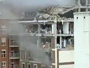 Madrid - L'edificio semidistrutto dall'esplosione