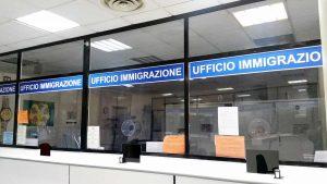 Terni - Lo sportello immigrazione della questura