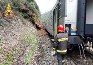 Spoleto - Treno deragliato sulla Orte-Falconara