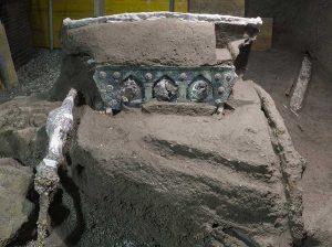 Il carro cerimoniale ritrovato a Pompei