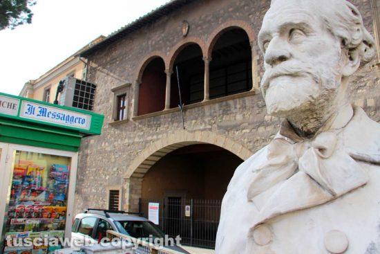 Viterbo - La biblioteca comunale degli Ardenti - Palazzo Santoro