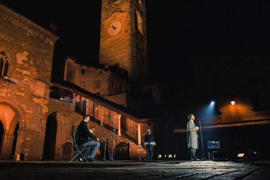 Marco Mengoni a Brescia trasmesso da Rai1