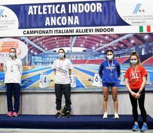 Elena Vergaro dell'Atletica Alto Lazio sul podio