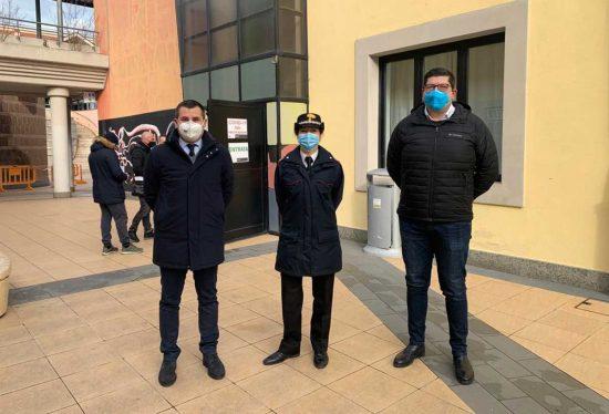 Il sindaco Giampieri al centro vaccinazioni a Civita Castellana
