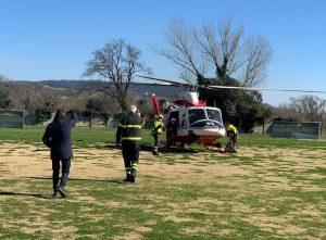 Boati dal sottosuolo a Orte - L'elicottero dei vigili del fuoco