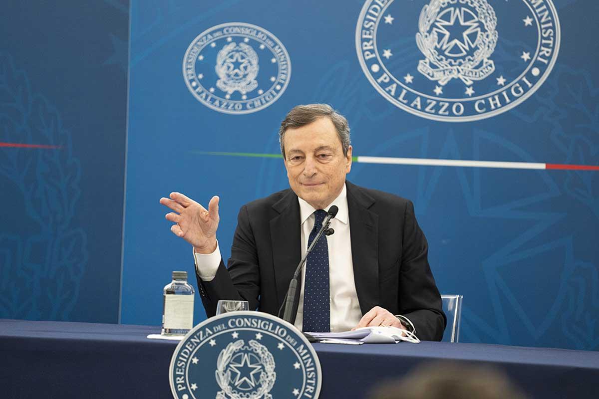 Vaccini, Draghi: