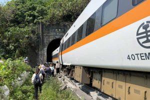 Treno deragliato a Taiwan