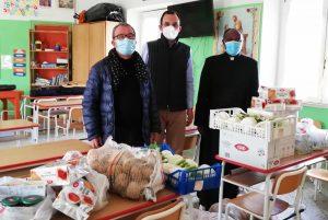 """Montalto di Castro - """"Montalto e Pescia legate insieme"""" consegna generi alimentari e beni di prima necessità"""
