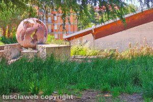 Viterbo - Incuria alla fontana del Murialdo