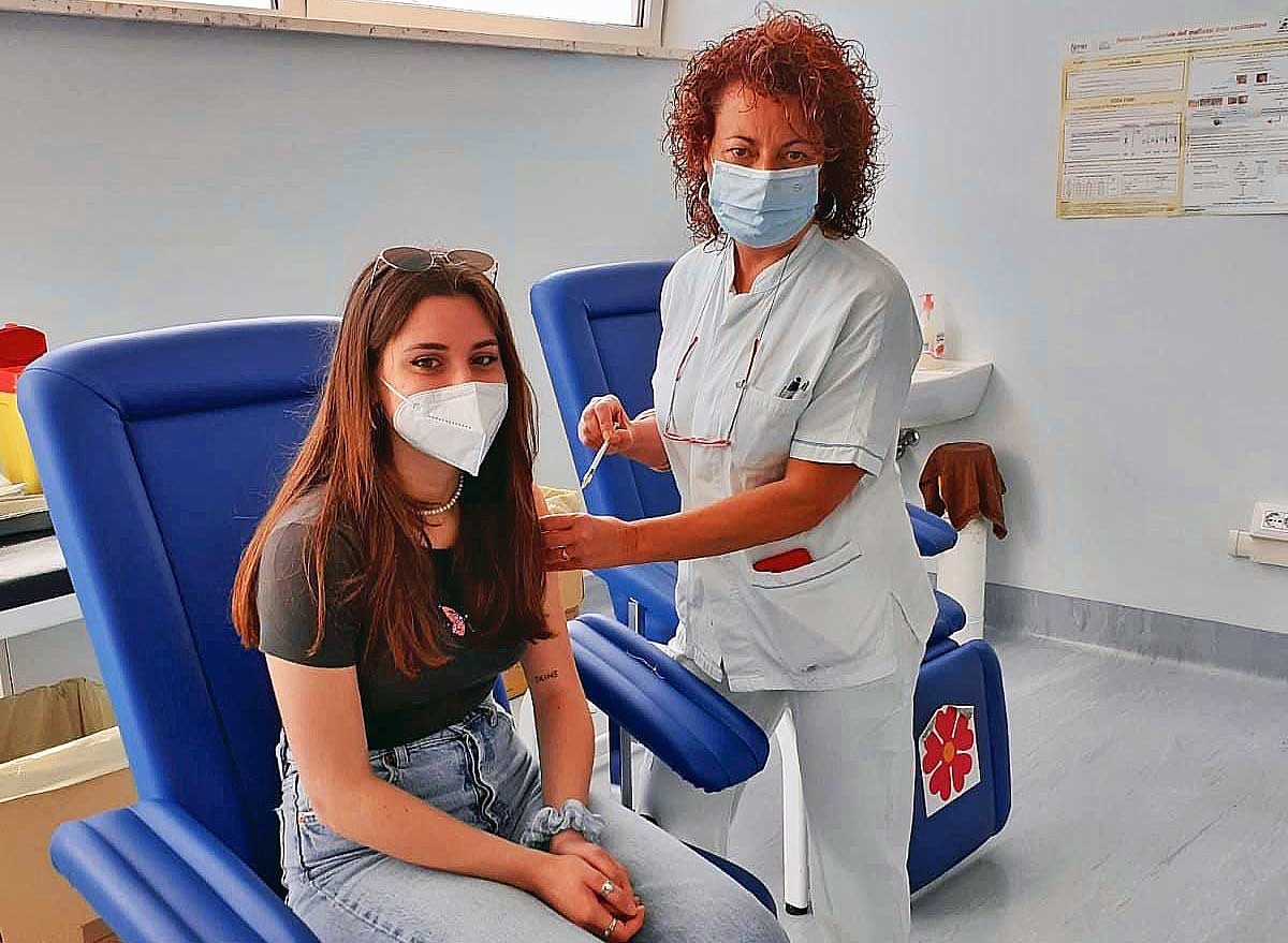 Covid: Filippine, 35 mln di persone in seconda fase vaccini